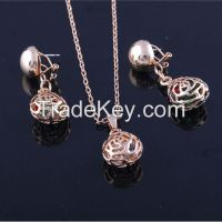 Girls Fashion Zinc Alloy Jewelry Set Water Drop Necklace and Earrings