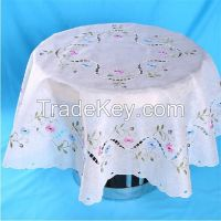 Round embroidered table cloth