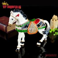 Newest Business Gift Animal Horse Metal Crafts Diamond Magnet Trinket Box Feng Shui Pewter Casket Horse Figurine Money Drawing