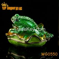 2015 Vintage Frog on Lotus Figurine Collection Crystal Animal Trinket Box Casket DIY Home Decoration Souvenir Gift Metal Crafts