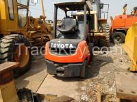 Used Toyota 8FDN30 Forklift