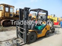 Used Forklift Komatsu FD30T-16