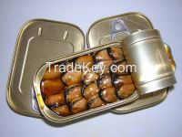 canned smoked mussle in oil