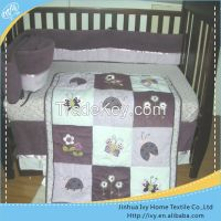 Printed Cot Crib Baby Bedding Set in China woven bumper