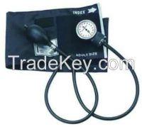 Medical grade professional aneroid sphygmomanometer