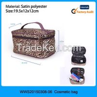 wholesale cosmetic bags;cosmetic bag with mirror