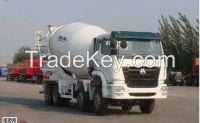 2015 SINOTRUK HOHAN 6-10 CBM 8x4 cement truck/concrete mixer truck