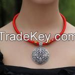 Chinese Traditional Necklace with Silver Fall