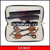 Plstic comb and hair scissors