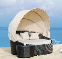 GW2025 wove rattan outdoor furniture circular lying bed with tent