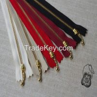 Wholesale zippers,belts,fabrics and buttons