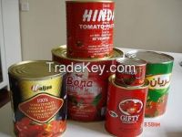 canned tomato paste with