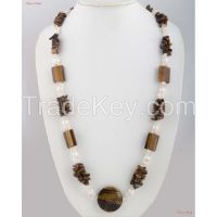 Fashion Necklaces - Combination of white Opal and Andalusite stone woven with a thin cord